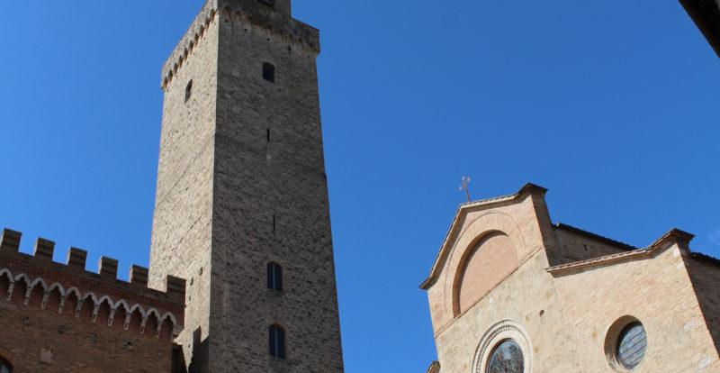 Piazza della Collegiata in San Gimignano
